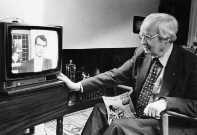 Buddugoliaeth – dechrau gwasanaeth teledu Cymraeg S4C, 1982Victory – the first day of the Welsh language television service on S4C, 1982