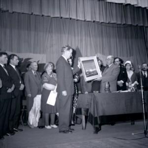 1964 Meirionnydd yn Diolch i Gwynfor