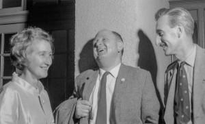 Winnie Ewing a Vic Davies yn Nolgellau 1966