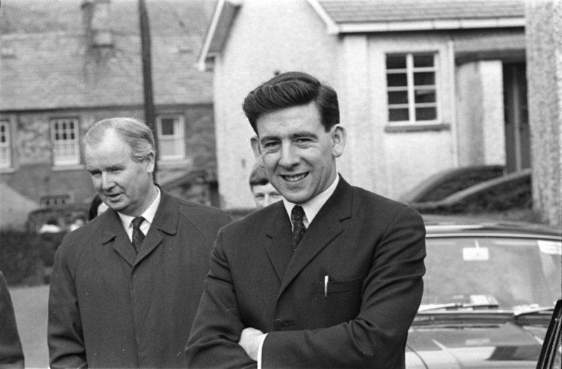 1970 Dafydd Wigley Neg3 33